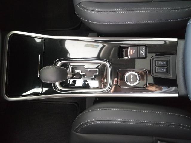 OUTLANDER 2020/2021 2.2 MIVEC DI-D DIESEL HPE-S AWD AUTOMÁTICO - Foto 9