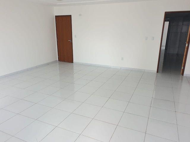Apartamento à venda no melhor do Bessa 3 quartos/2 suítes + DCE - Foto 4