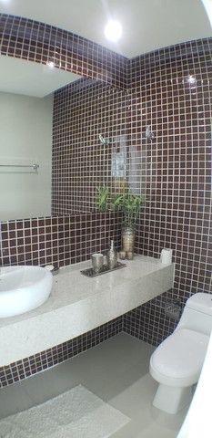 Vendo Casa luxuosa com 7 Stes , ofuro, Varandão, Porteira Fechada Rf ADM 0000 - Foto 9