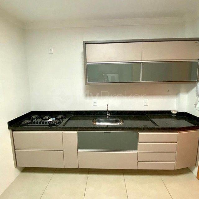 Apartamento com 3 quartos no Portal do Praia - Bairro Tubalina em Uberlândia - Foto 7