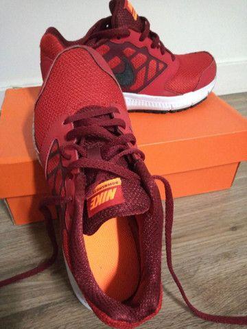 Tênis Nike, tamanho 34, original