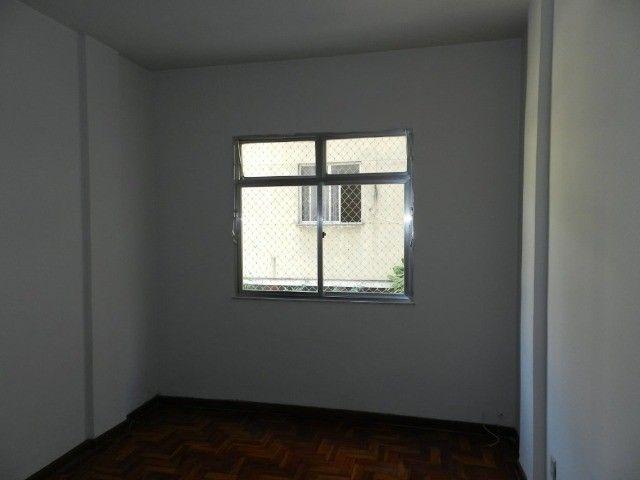 Aluguel apartamento fundos 2 quartos Rua Noronha Torrezão 370 Santa Rosa, Niterói. - Foto 7