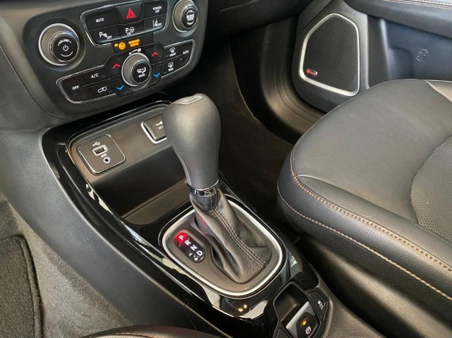 Jeep Compass Limited 2.0 Automático Flex C Teto e High Tech 2019 - Foto 10