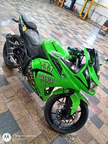 Vendo uma moto Kawasaki ninja 250 r - Foto 3