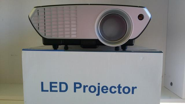 Mini Led Projector Lumens (Semi-Novo)