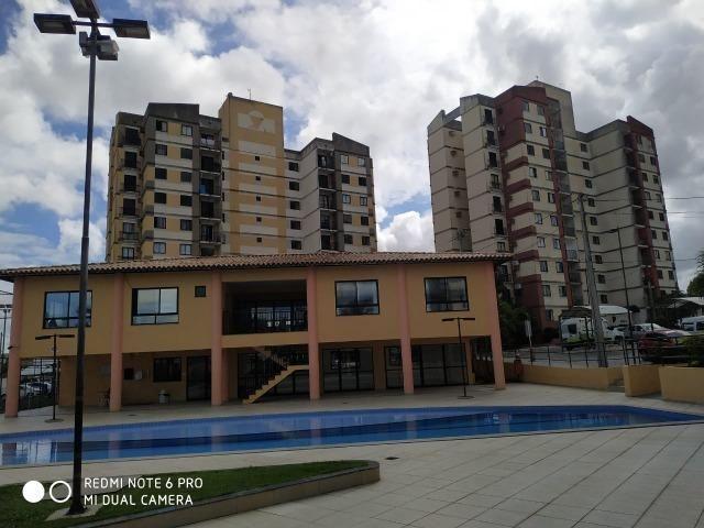 Apartamento - Locação no Muchila, 3 quartos com suite e varanda