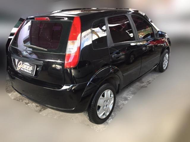 Fiesta 1.6 Hatch Completo! - Foto 2