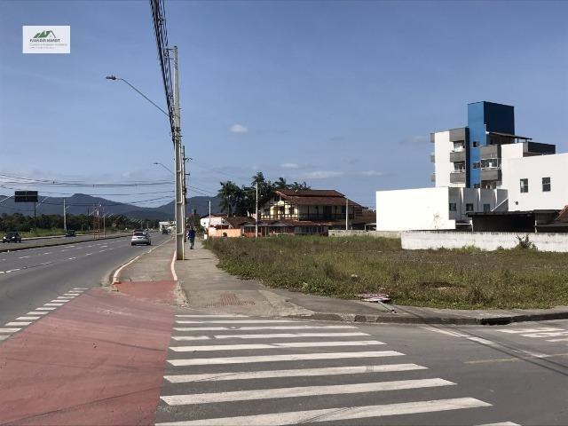 Terreno com excelente localização próximo ao Aeroporto de Joinville - Foto 2