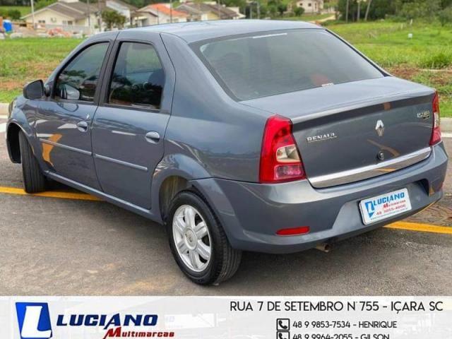 Renault LOGAN Expression Hi-Flex 1.6  - Foto 6