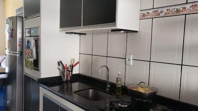 Atenção* Promoção a vista. Vende-se uma Casa com móveis planejados condomínio fechado - Foto 4
