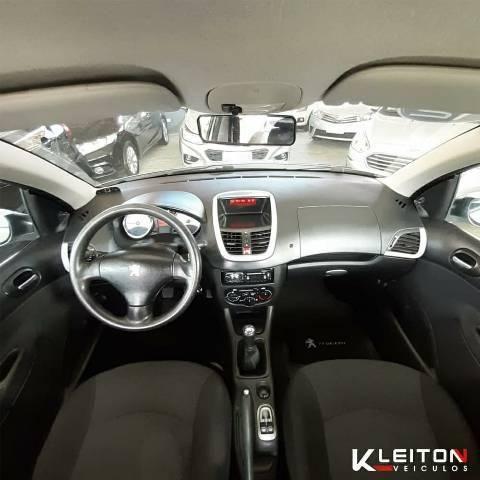 Peugeot 207 XR 1.4 2012 Completo - Foto 5