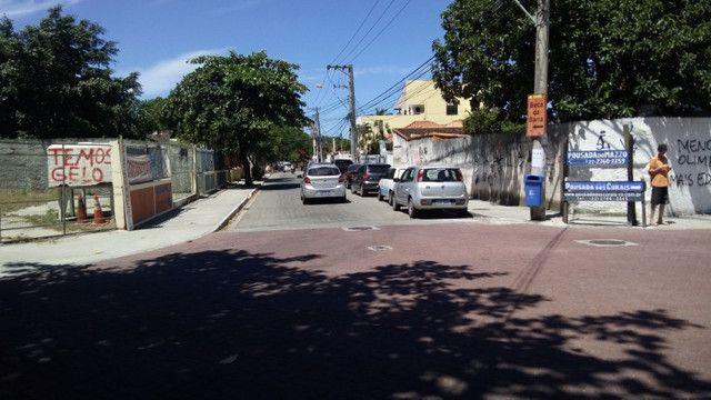 Casa centro de Rio das Ostras linear 03 quartos com vaga p 5 carros e quintal - Foto 20