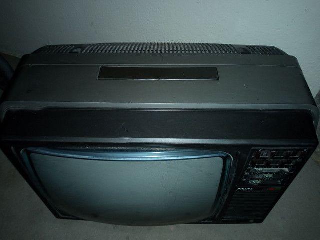 TV antiga p de coração leia a baixo  - Foto 2