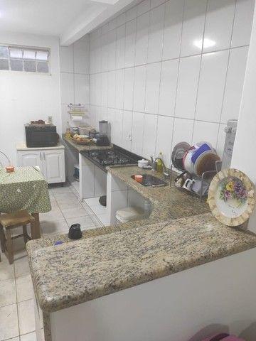 Sobrado com 260 m² de área construída no Centro de Luziânia. - Foto 6