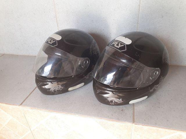 Vendo os 2 capacetes por R$ 110,00. n° 58