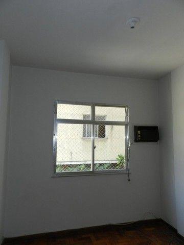 Aluguel apartamento fundos 2 quartos Rua Noronha Torrezão 370 Santa Rosa, Niterói. - Foto 8