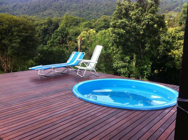 Piscina 2x2 modelo spa em fibra redonda com banco e for Piscina hinchable 2x2