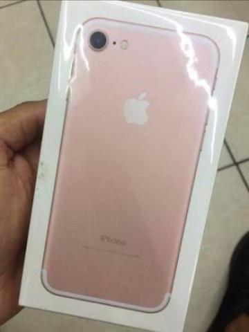 Iphone 7 32g rose lacrado