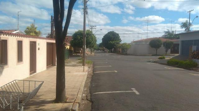 Casa à 200m do centro e 50m do clube Cosmopolitano, em Cosmópolis-SP(CA0113) - Foto 2