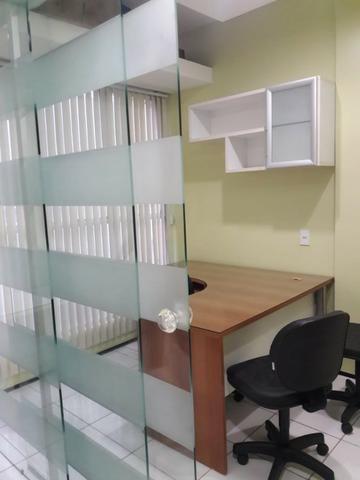 Escritório Para Alugar / Climatizado / São Francisco / 4 Gabinetes Mobiliados