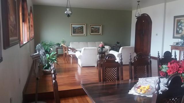 Casa para aluguel, 3 quartos, 4 vagas, Santa Efigênia - Belo Horizonte/MG