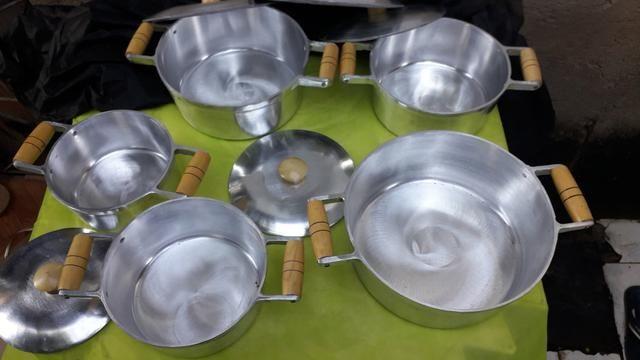 Jogo de panelas de alumínio batido - Foto 2