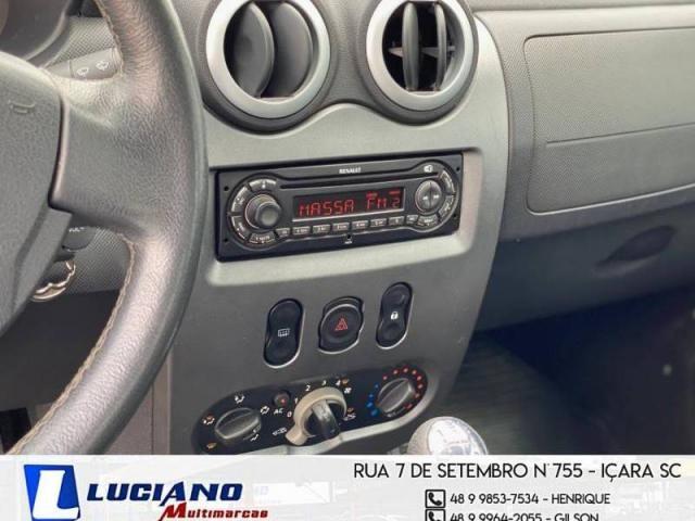 Renault LOGAN Expression Hi-Flex 1.6  - Foto 17
