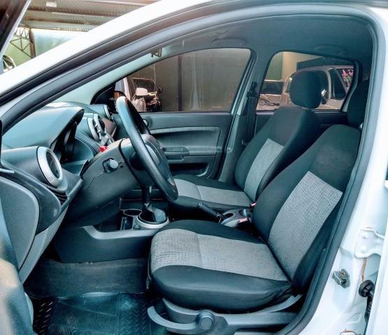 Ford Fiesta Sedan SE 1.6 Branco - Foto 6