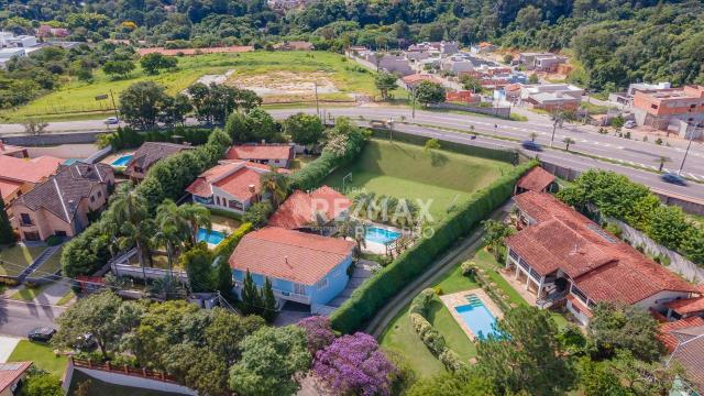 A Casa Azul! Térrea com 3 dormitórios e terreno de 1310m2 à venda no Condomínio Marambaia- - Foto 2