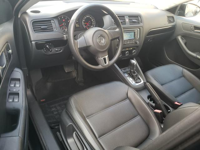 Vw Volkswagen Jetta confortline automático 2013 - Foto 10