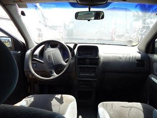 Sucata Kia Carens 1.8 16V Automático LS 2001 Para Retirada de Peças - Foto 6