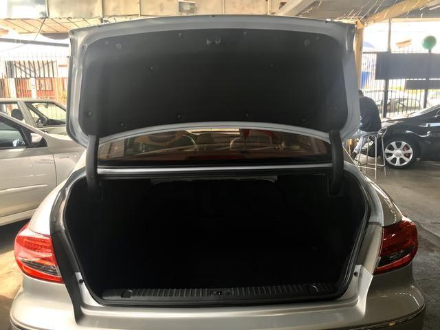 Hyundai Azera 3.3 V6 - Foto 4