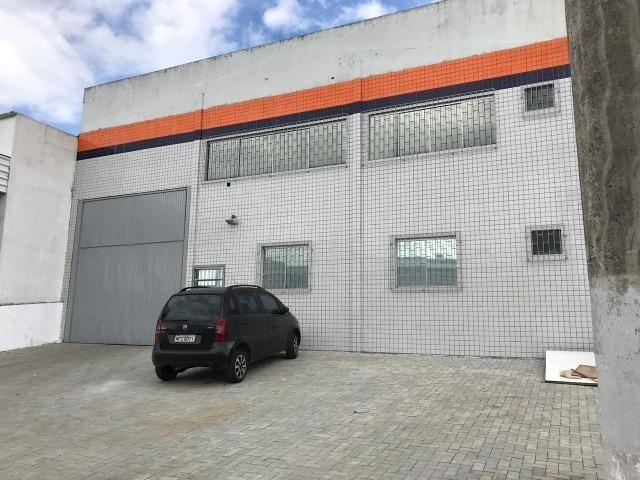 Galpão para locação em Palhoça 650 m² com mezanino
