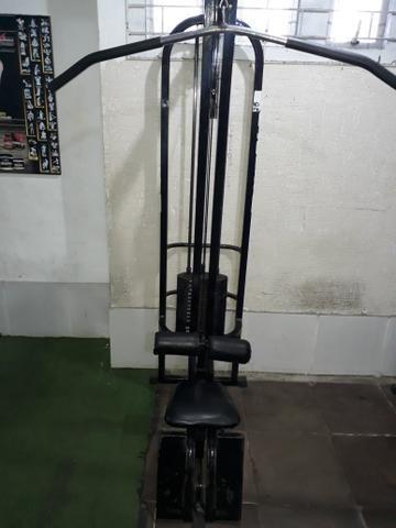 Vendo Equipamento de Musculação
