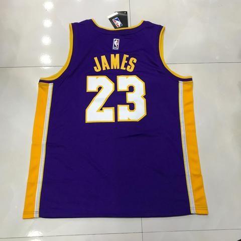Regata LA Lakers roxa amarela camuflada preta oficial - Roupas e ... 6b2fc5e3a44ef