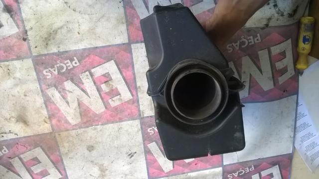 Caixa de filtro de ar megane 1.6 - Foto 3
