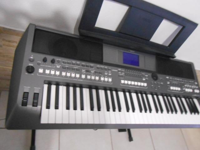 Teclado Yamaha PSR S670 - Foto 5