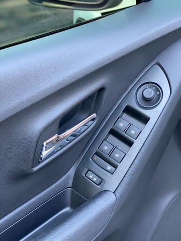 (VEÍCULO VENDIDO )TRACKER LT 1.4 Turbo 16V Flex Aut - Foto 14