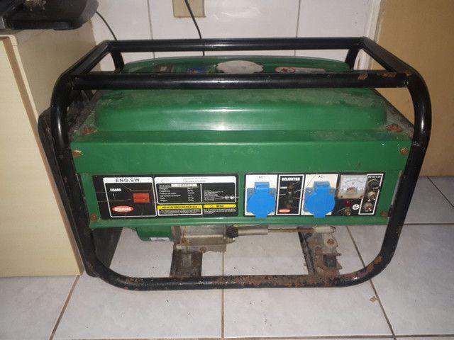Gerador de energia FG2500 gasolina