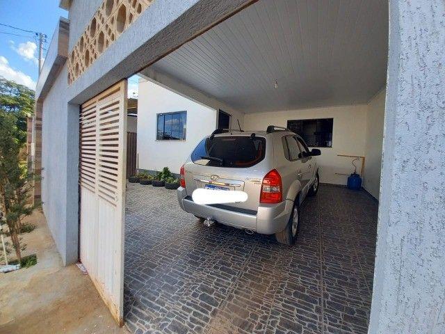 Casa no Centro de Luziânia-GO, com 220 m², 4 quartos e garagem para 4 carros. - Foto 2