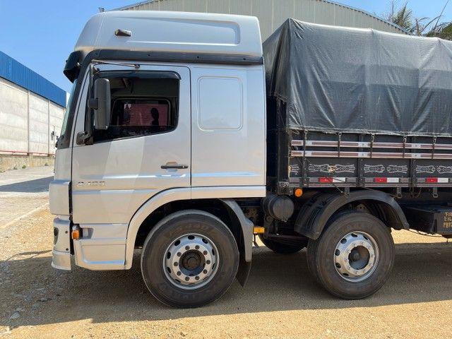 Mb Atego 2428 ano:12,prata,teto alto,bi-truck 8x2,com carroceria Graneleira ,ótimo estado  - Foto 5