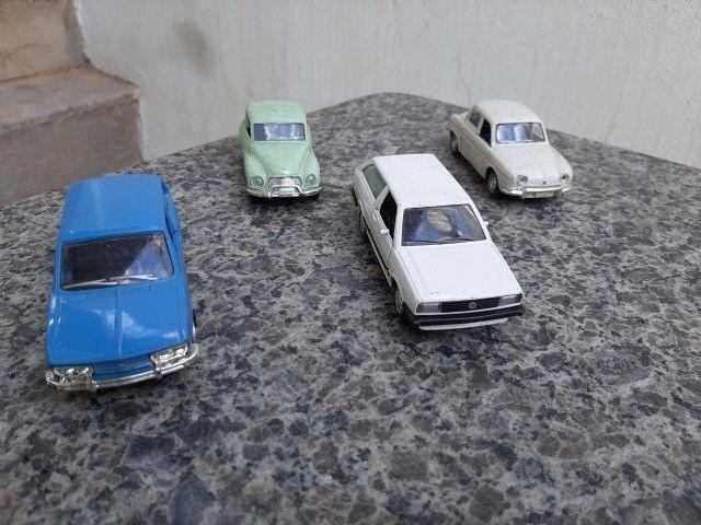 Carrinhos miniaturas - Foto 2