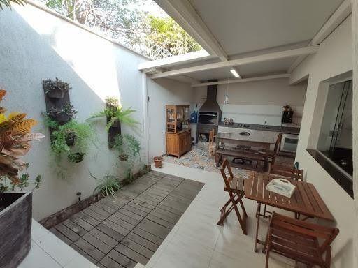 Casa sobrado em condomínio com 3 quartos no Condomínio Horizontal Vale De Avalon - Bairro - Foto 3