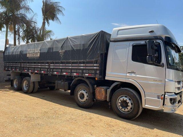 Mb Atego 2428 ano:12,prata,teto alto,bi-truck 8x2,com carroceria Graneleira ,ótimo estado  - Foto 13