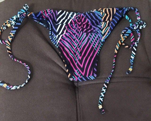 Kit -Saia estampada + calcinha de biquini