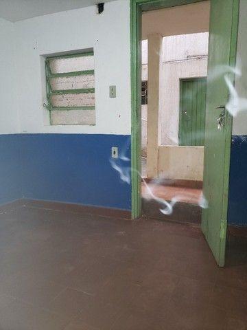 kitnet no centro por 540 reais, livre de agua, energia e internet banda larga - Foto 4