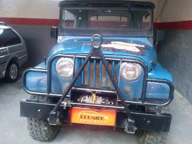 JEEP WILLYS 1976 RARIDADE PREMIER</H3><P CLASS= TEXT DETAIL-SPECIFIC MT5PX > 100.000 KM   CÂMBIO: MA