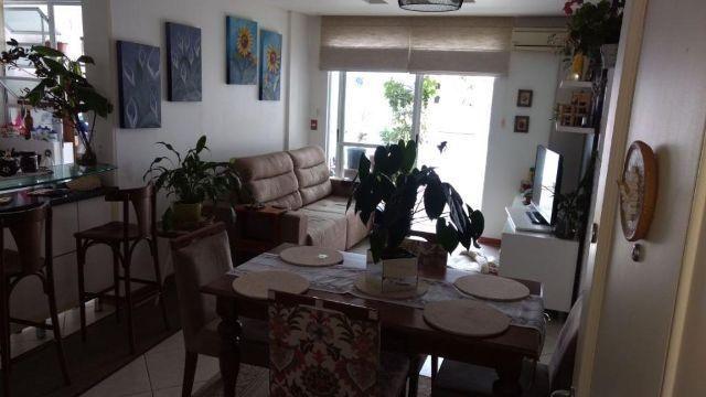 Apartamento 2 dormitórios (1 suíte), Sacada, mobiliado, Res. Flamboyant, Parque São Jorge