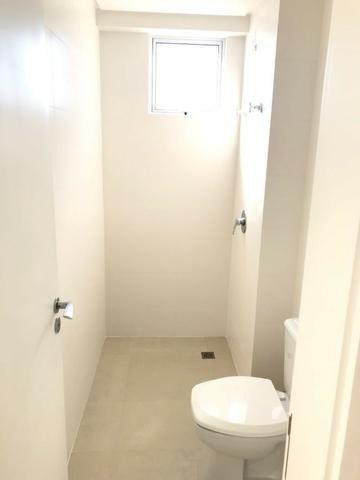 Excelente Apartamento no Centro de Balneário Camboriú - 03 Suítes sendo uma Master - Novo - Foto 13