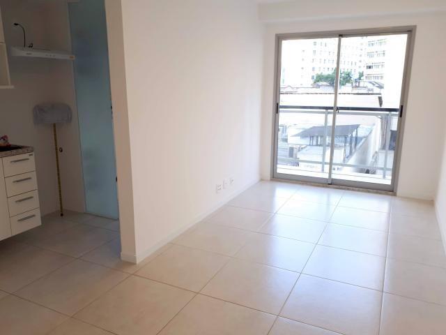 Apartamento para alugar com 2 dormitórios em Centro, cod:lc0192005